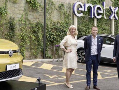 Gruppo Volkswagen ed Enel X, una joint venture per l'e-mobility in Italia